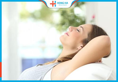 cách giảm đau bụng dưới sau khi iui
