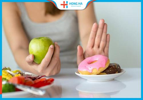 chế độ ăn sau mổ u nang buồng trứng