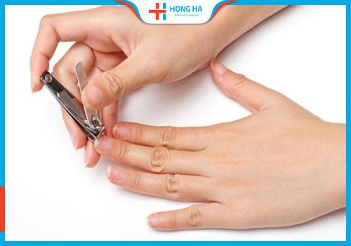 lưu ý đặt thuốc điều trị viêm lộ tuyến cổ tử cung