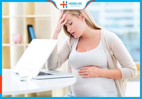 nang nước buồng trứng khi mang thai