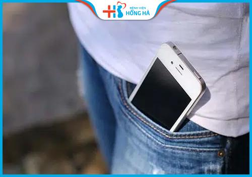 dán điện thoại chống vô sinh