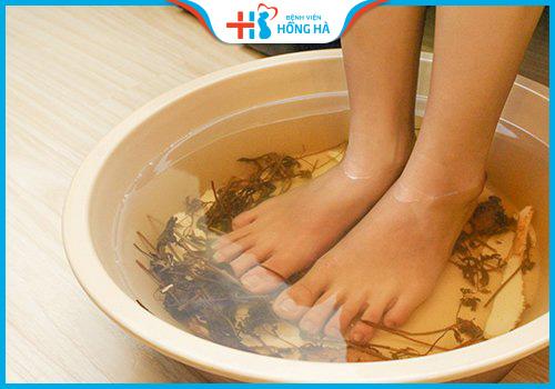 rau răm trị nước ăn chân