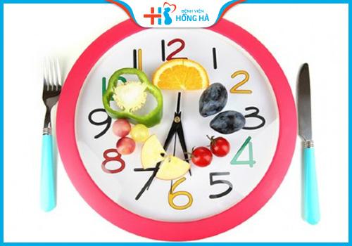 viêm lộ tuyến cổ tử cung nên ăn uống đúng giờ