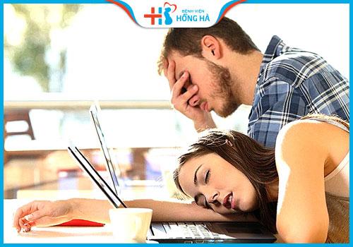 quan hệ sớm có vô sinh không mệt mỏi