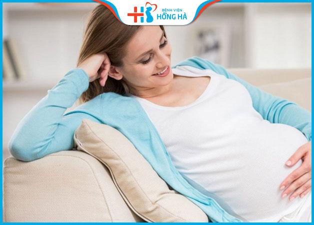 Nên thư giãn và làm việc nhẹ nhàng khi mang bầu sau uống thuốc kích trứng